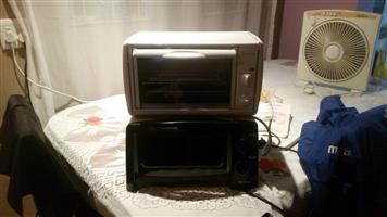 2 Toasters oven Sunbeam for sale.