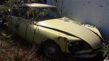 1975 Citroen DS21 for restoration
