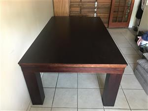 Dining room table / pool table