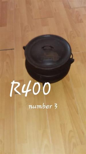 Number 3 black pot for sale
