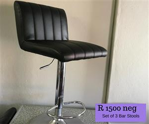 Set of 3 bar stools for sale