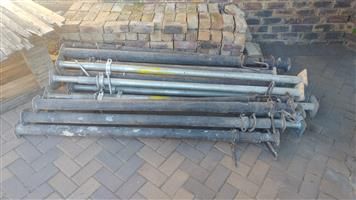 Secondhand Scaffolding and Props for sale