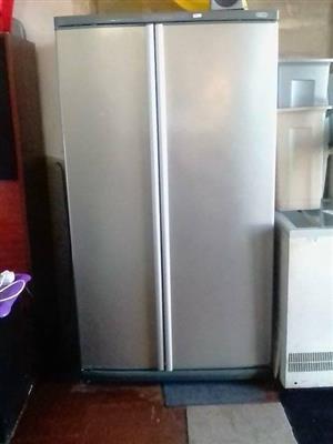 Model F640 SS Double door fridge/freezer.