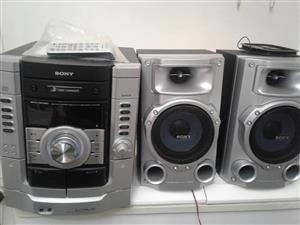 Sony 3 cd disc changer hifi with remote