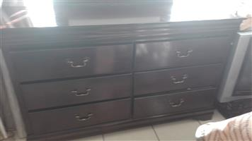 Dressing Table With Mirror and Pedestral for  Sale