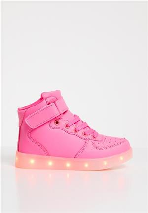 LIGHT UP SNEAKERS @R400