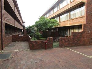 Lovely 2 bedroom Flat in the heart of Pretoria North