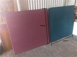2x Techno Screen Dividers (1200mm x 1200mm)