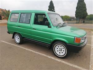 1998 Toyota Venture