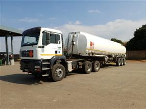 MAN 33 410 Truck Double Diff with Hydraulics