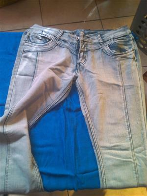 Second hand women's clothes for sale
