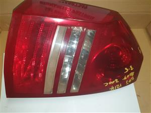 CHRYSLER 300C TAIL LIGHT / LAMP