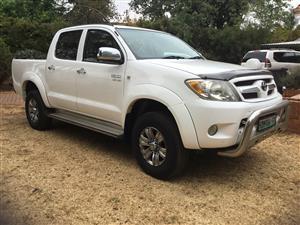2008 Toyota Hilux V6 4.0 double cab 4x4 Raider automatic