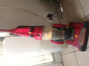 Vacuum Cleaner for Sale. LG 1600W in very good working condition for sale.
