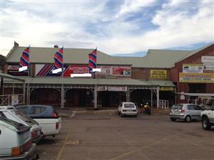 Small Kiosk/shop in Pretoria Rd, Silverton.