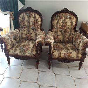 6 seat Lounge suite for sale