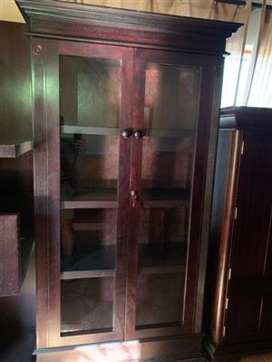 DISPLAY CABINET / BOOKCASE. WETHERLYS MAHOGANY LAMPUNG RANGE DISPLAY CABINET