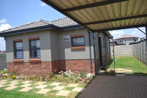 2 Bedroom House For Sale in Elandspoort, Pretoria