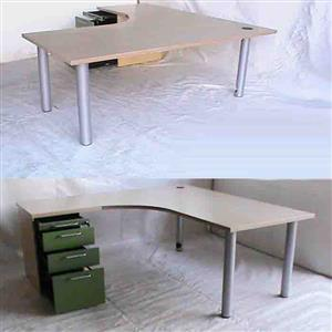 Maple and Green L Shape desk with pedestal