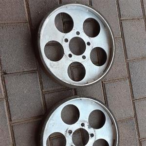 Caravan garage wheels