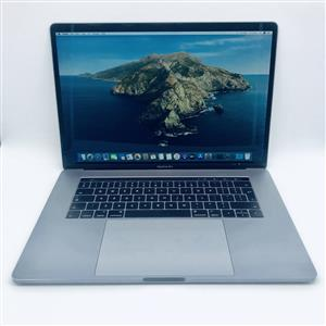 Apple MacBook Pro 15-inch 2.7GHz Quad-Core i7 (Touch Bar, 512GB, Space Gray) - Pre Owned