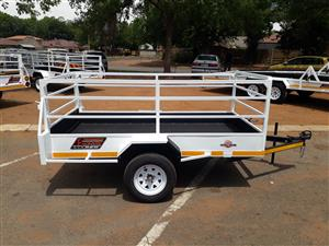 BIG SALE ON ALL TRAILERS SIZES.(TRIANGLE TRAILERS)