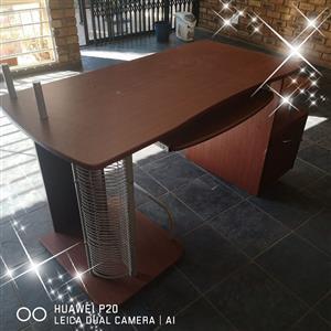 2 x workstation desks for sale