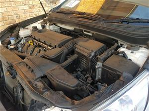 HY011 HYUNDAI SONATA 2.4 EXEC 2010 G4KE - *STRIPPING FOR PARTS*