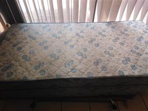 Single bed base and matress for sale