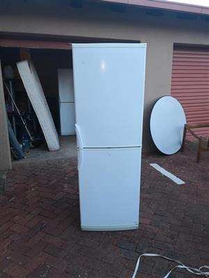 361liter defy Fridge and freezer for sale.
