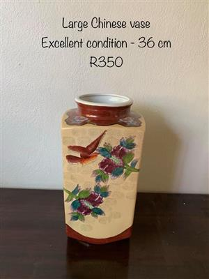 Large chinese vase for sale