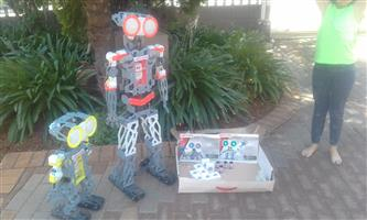 Meccanoid robots ×2 perfect condition