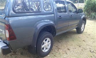 2010 Isuzu KB 240