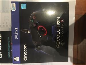 PS4 LIMITED EDITION BUNDLE