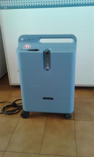 Oxygen machine for sale  Carletonville