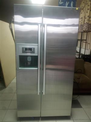 Bosch side by side fridge and freezer