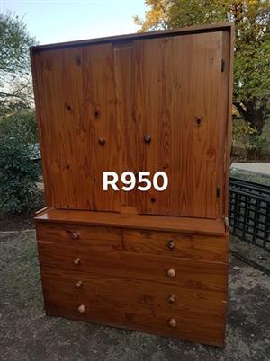 5 Drawer wooden cupboard