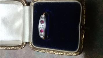 18 Carat Gold Ring