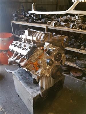 chrysler jeep hemi 6.1 or 6.4 or 3.0 d exf reconditioned engine on exchange contact wayne 0820780120