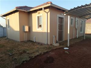 2 bedroom house to rent R5500