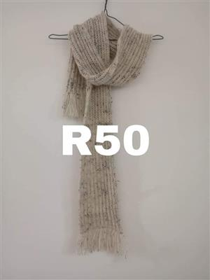Beige scarf for sale