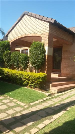 Neat spacious town house in a 24 hrs secured security available immediately. Mooikloofridge