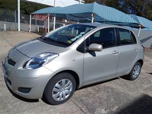 2010 Toyota Yaris 1.3 5 door T3+ automatic