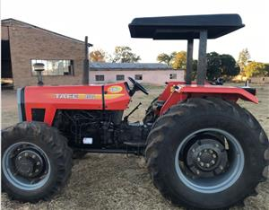 S3125 Red TAFE 8502 Pre-Owned Tractor