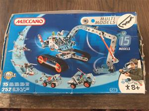 Meccano-Erector - Multimodel -15 Model Set ( 250+pieces)