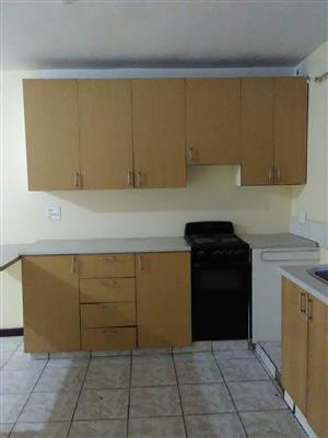 2 bedroom and 3 bedroom flats availbe for rent in Lenasia - Ext 13  immediate occupancy