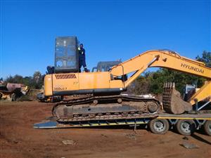 Stripping a HYUNDAI 360-LCR ROBEX excavator for spares