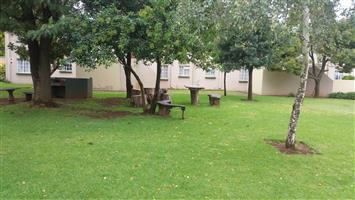 Lovely renovated First floor 2 Bed ,1 Bath Townhouse.  To Let. In Beyerspark. Boksburg.