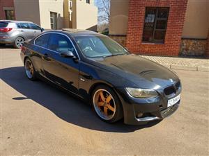 2007 BMW 3 Series 325i coupé Exclusive