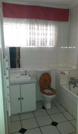 FOR SALE: 2,5 bedroom duplex, Wonderboom South.